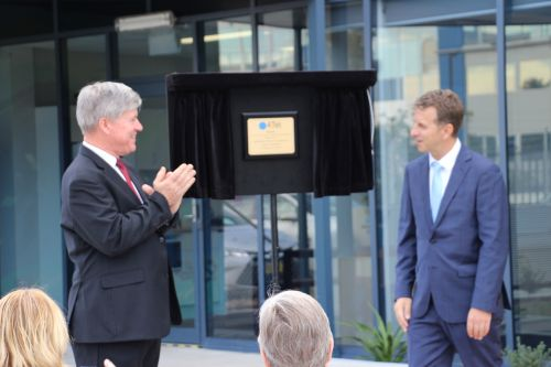 Derel Wust and Andrew Constance open new 4Tel headquarters The Fort